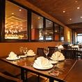 ゆったりとお食事を楽しんで頂けるシックで落ち着いた空間。多彩なお酒と共に、絶品シュラスコ、逸品料理など心ゆくまで満喫してください。
