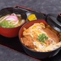 料理メニュー写真かつ丼セット(うどん)