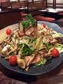 料理メニュー写真じゃがパリポテトサラダ/木の子とベーコンの温サラダ