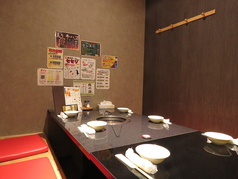 1~4名様用のテーブル半個室席を4卓ご用意◎