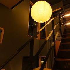 ぼんぼりの灯りが柔らかく照らします。デートにもぴったりな雰囲気♪
