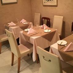 テーブル席は最大8名様までご利用頂けます。
