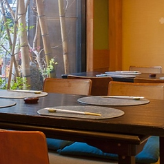<雰囲気◎外を眺めながら料理を楽しめる>4席×3部屋