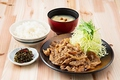 料理メニュー写真豚の生姜焼き定食