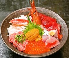 まぐろ海鮮丼 山水の写真