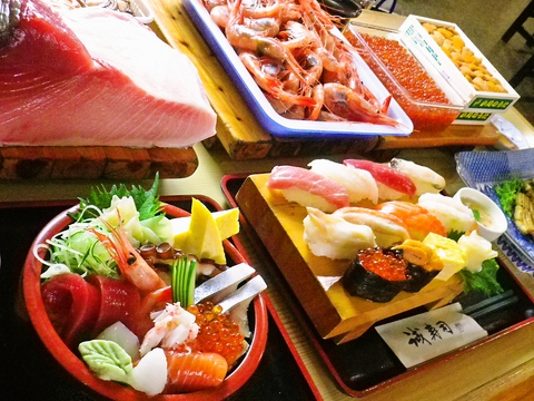 産地直送の新鮮なネタを使用。熟練の技が光る寿司店。個室あり。宴会・法事利用可。