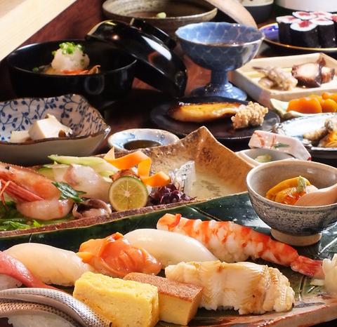 毎朝オーナーが築地に足を運び、目利きで選んだ新鮮な寿司を提供いたします