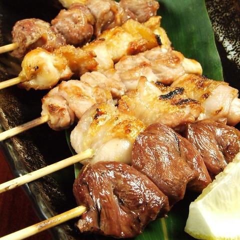 白炭で焼上げた「東京軍鶏」を堪能できる店