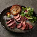 料理メニュー写真新潟県産蒲原牛の塊肉グリル