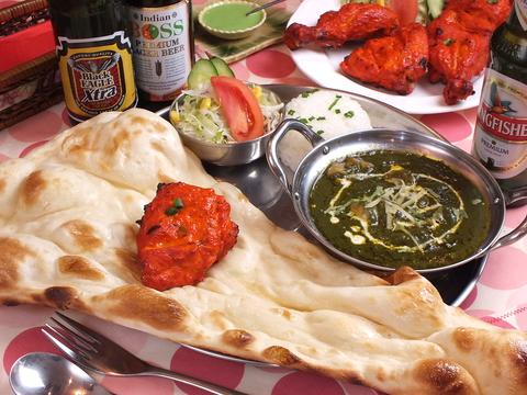 独自ブレンドのスパイス香る本格インド料理店♪流行のビリヤニは天下一品!