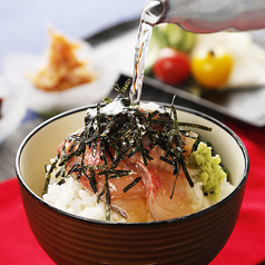 お茶漬け (塩昆布 / 海苔 / 明太子 / 鯛)