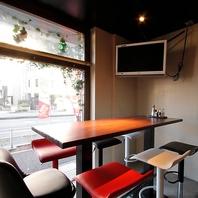 プライベート空間で美味しい料理とお酒をたしなめます☆