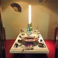 テーブル席もご用意しております。落ち着いた雰囲気の中お食事を是非お楽しみください。個室や掘りごたつもご用意しております。