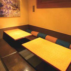ふかふかのソファー席は女性のお客様にも人気のお席★女子会のご利用に