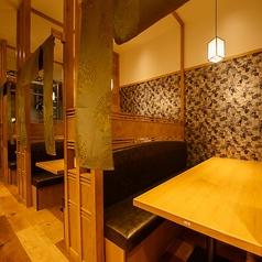 ゆっくりと落ち着ける個室は大人気!予約は早めがオススメになっております。