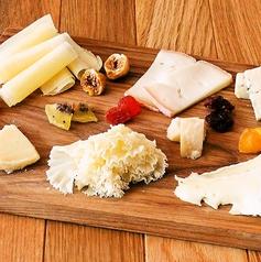 7種類のチーズ盛り合わせ