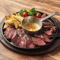 料理メニュー写真1ポンドステーキチーズフォンデュ
