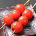 料理メニュー写真トマト 2本