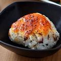 料理メニュー写真たこ入り 焼きおにぎり(醤油・味噌)