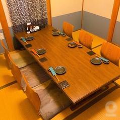 6名用のお座敷個室もあります。