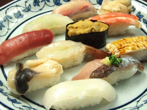 粋と技がおりなす日本の伝統、職人達の心をたくした味をご賞味ください。