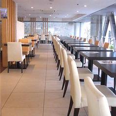 ブッフェレストラン ホテルマイステイズ横浜の雰囲気1