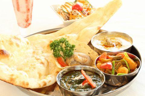 本場インドカレーを始めとするインド料理をお手軽な値段で。本場インドと同じ味!