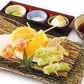料理メニュー写真5種野菜の天ぷら