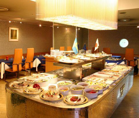 スモーガスボードディナー【60種類以上の北欧ディナーブッフェ】