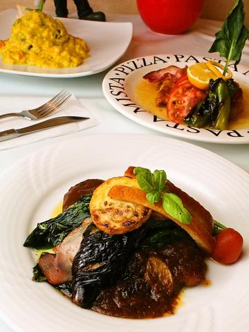 ランチの日替り定食をはじめ、本格洋食メニューが楽しめる。ドリンクメニューも豊富!