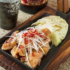 地鶏の炭火焼き3種(岩塩・ガーリック醤油・タレ)