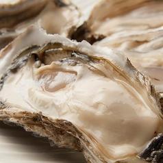 料理メニュー写真釧路せんぽうし(特大)牡蠣 1個