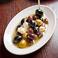 料理メニュー写真色々オリーブとチクリームーズのマリネ