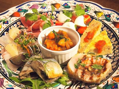 【SPECIALITE】  スペシャリテ(飲み放題付) 6皿14品→7000円(税別)