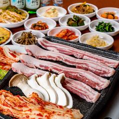 韓国料理 朴氏家 パクの家 平尾高宮店の写真
