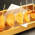 料理メニュー写真串揚げ盛り合わせ 5本セット(海老・豚・ささみ・れんこん・帆立)