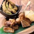 料理メニュー写真藁燻製 五種盛り合わせ