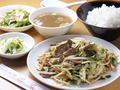 料理メニュー写真レバニラ炒め/肉ニラ炒め