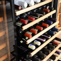 ワインの品揃えは、常時120種以上