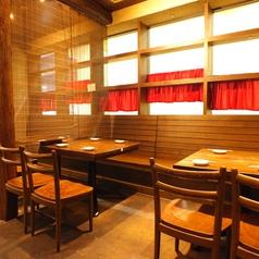 サムギョプサルとチキンのお店 テジテジチキン 大阪堺店の雰囲気1