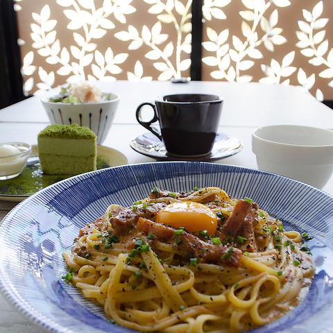 【エキチカ】美濃焼の器でいただくパスタ様々な食材を使ったオリジナリティ溢れる一皿