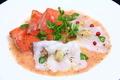 料理メニュー写真3種の魚介のカルパッチョ ガスパチョ・野菜のソース