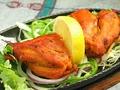 料理メニュー写真チキンティッカ4P Chicken Tikka
