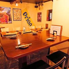 ゆったり流れる沖縄音楽に心癒されながら、美味しい料理をお楽しみ下さい。
