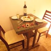 2名様用のテーブル有り!!デートの方は、こちらへどうぞ♪