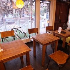 2名席から大人数まで様々なテーブル席をご用意!!