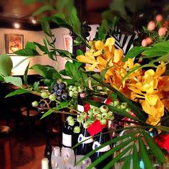 季節を感じるお花でお出迎え♪雰囲気とお花どちらもお楽しみ下さい★