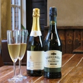 【スパークリングワイン】デボルトリ DB ブリュット 1800円/カビッキオーリ マルヴァジア エミリア2000円