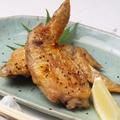 料理メニュー写真生からじっくり!鶏の手羽塩焼き(2本)