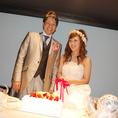 【結婚式2次会・貸切】ゲストも新郎新婦も安心してまかせられるクローバーダイニング。ケーキカットなどイベントに合わせて、お店のスタッフも協力しますよ♪